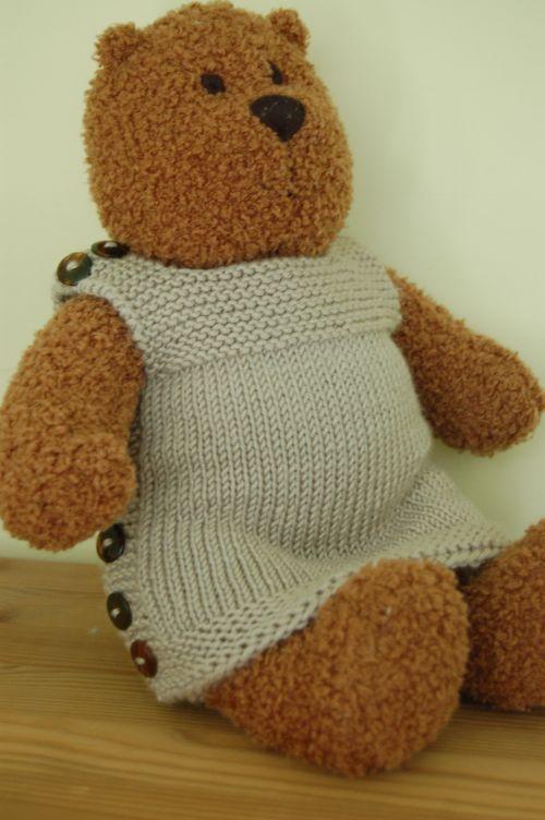 Pebble on bear